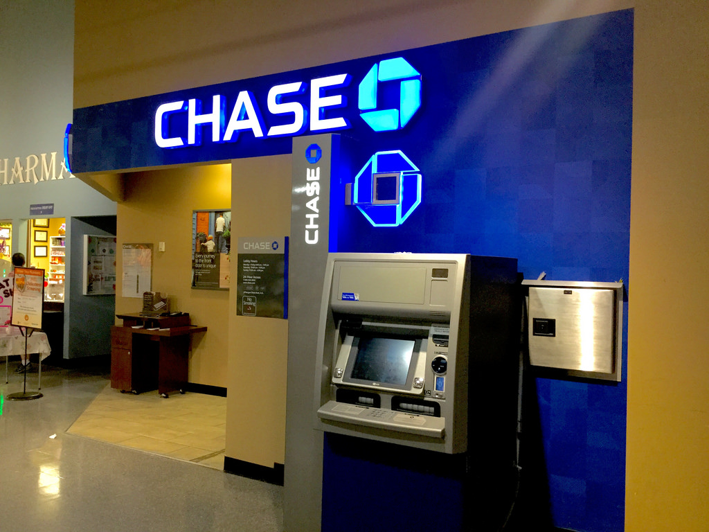 the closest chase bank