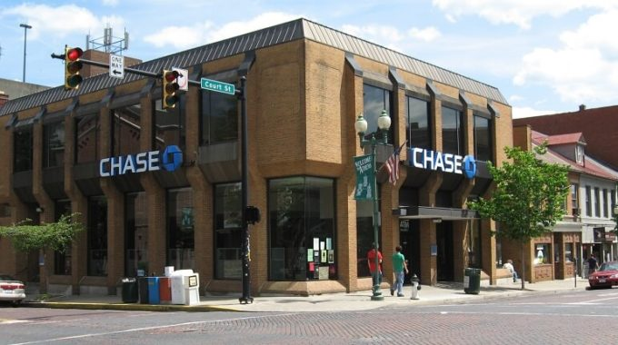 Chase Bank Hours of Operation and Holiday Schedule