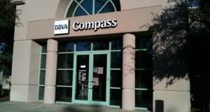 compass bank hours